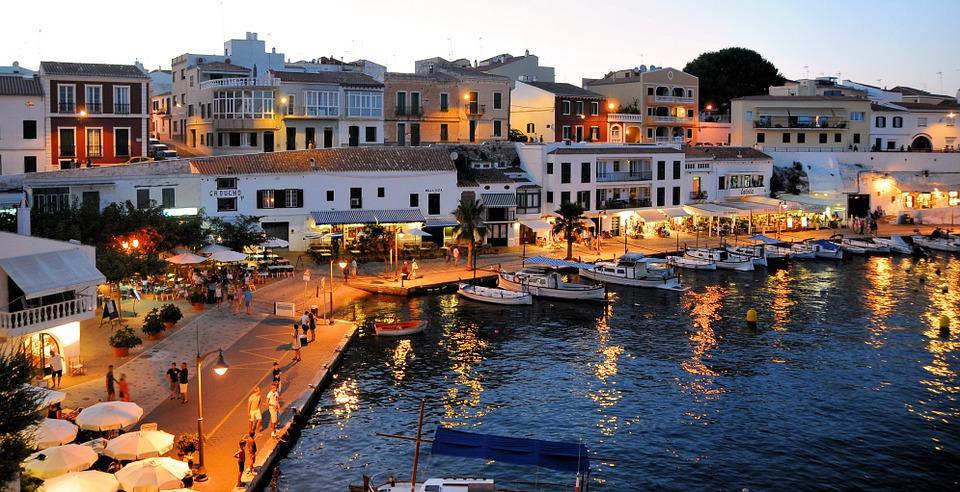 Menorca - Detektei Argusdetect, qualifizierte und geprüfte Detektive für Menorca: +49 172 915 23 70